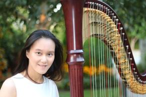 Rosanna_Chiu_harp